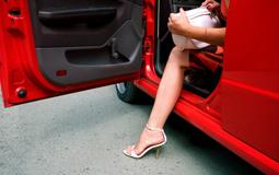 Какие машины предпочитают женщины Украины